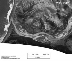 Mattole_Estuary_aerialphoto_1942