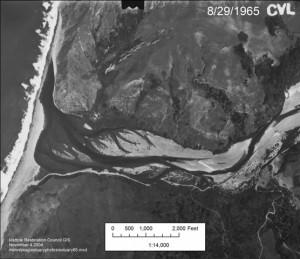 Mattole_Estuary_aerialphoto_1965